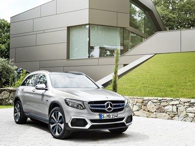 Mercedes-Benz GLC F-Cell, un nuevo camino doblemente eléctrico: el primer híbrido enchufable de hidrógeno