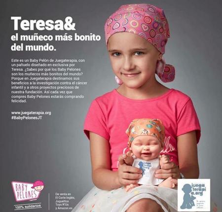 Diseñando esperanza y sonrisas: una niña enferma de cáncer dibuja el pañuelo de un nuevo Baby Pelón