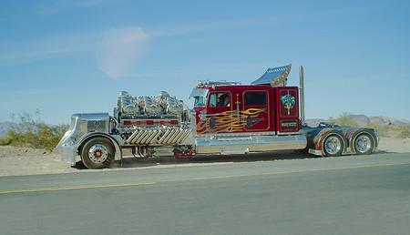 Thor 24 es el camión preparado más grande y potente del mundo: 4.000 CV y dos V12 rugiendo sobre el capó
