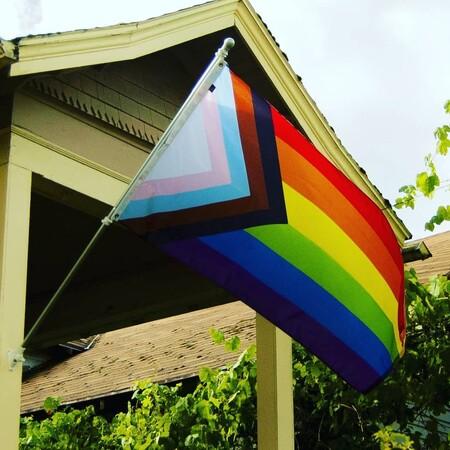 Progress Pride Flag: la bandera del colectivo LGTBIQ+ se actualiza para ser más inclusiva (y te contamos por qué)