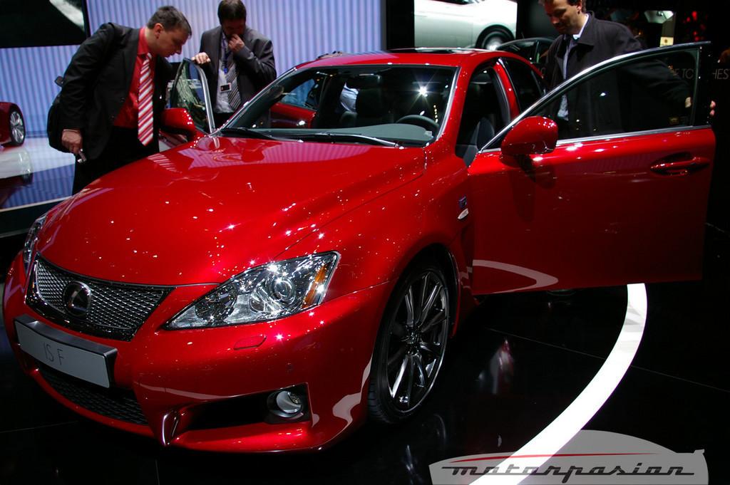 Foto de Lexus IS-F en el salón de Ginebra (4/10)