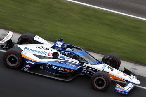 Takuma Sato gana las 500 millas de Indianápolis, Álex Palou se estrella y el embrague arruina a Fernando Alonso