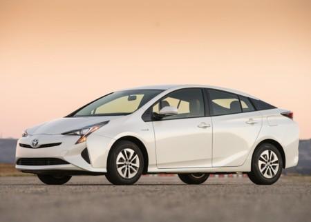 Nuevo Toyota Prius: Precios, versiones y equipamiento en México