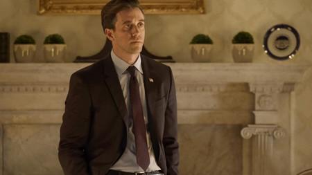 Langdon Ashley Zukerman Será El Sucesor De Tom Hanks En La Serie Sobre El Personaje Creado Por Dan Brown