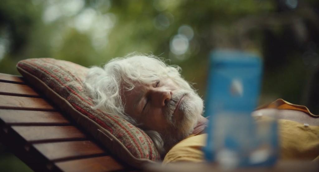 La siesta y Face ID son la nueva combinación ganadora de este anuncio del iPhone XR