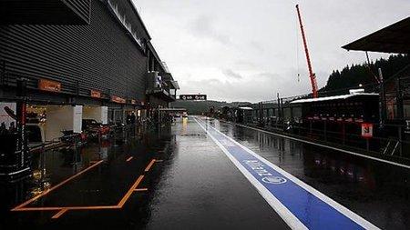 GP de Bélgica de Fórmula 1: Fernando Alonso consigue el mejor tiempo bajo la lluvia