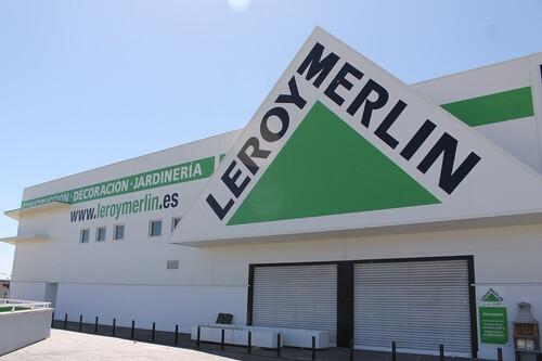 Prepara tu casa para la vuelta al cole o al teletrabajo: flexos, escritorios y sillas desde 30 euros en Leroy Merlin