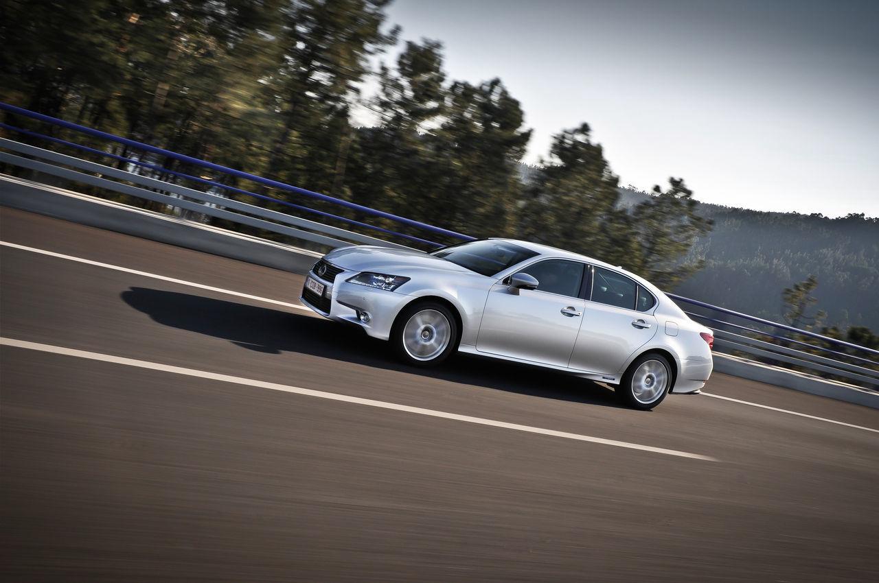 Foto de Lexus GS 450h (2012) (23/62)