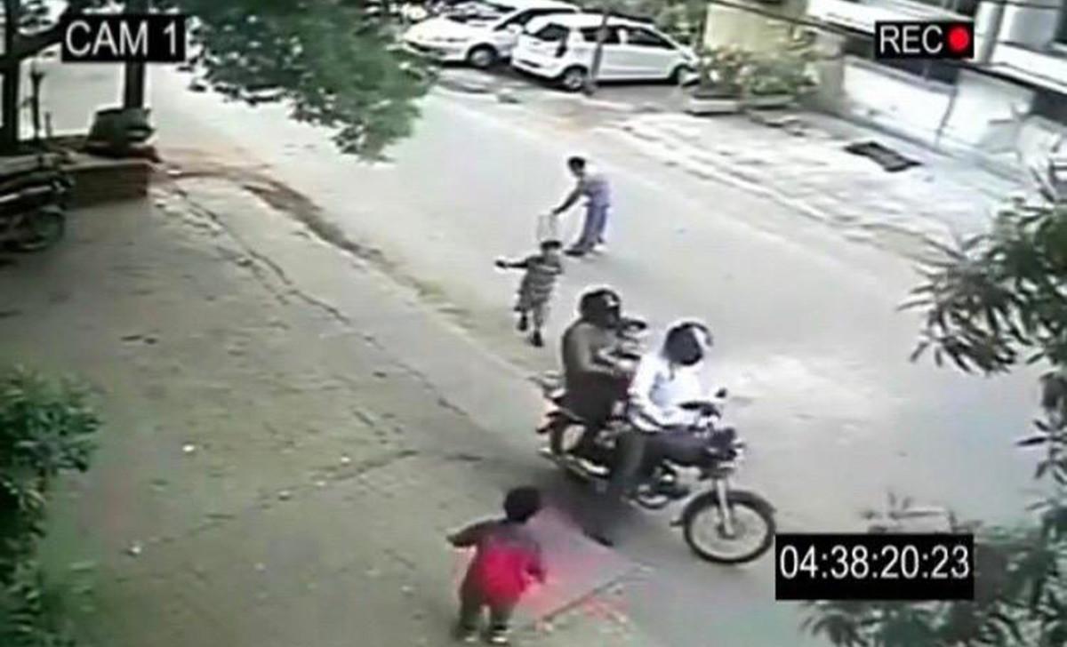 🇮🇳 Un rumor «viral» en WhatsApp provoca asesinato de dos hombres inocentes