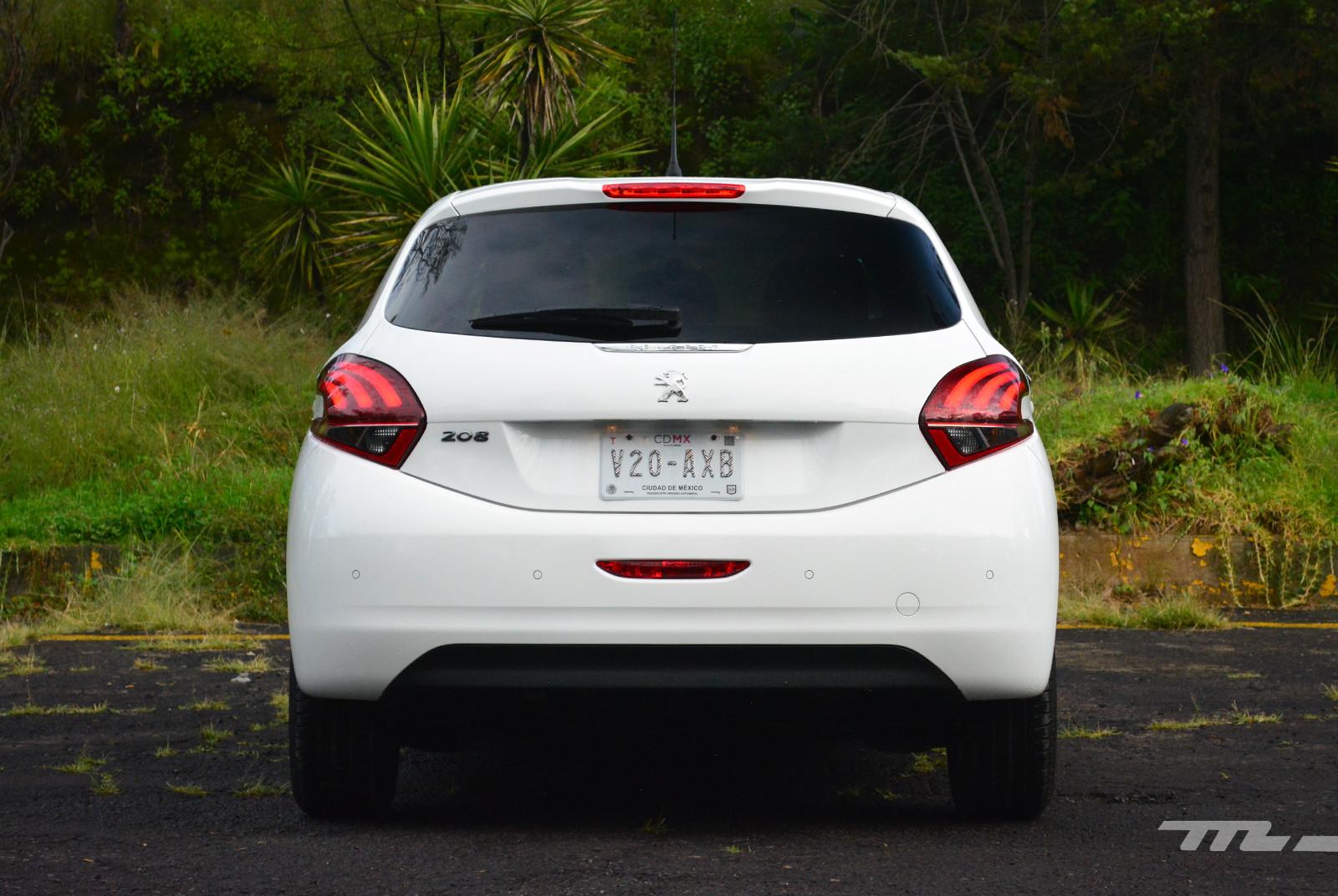 Foto de Peugeot 208 Puretech (5/17)