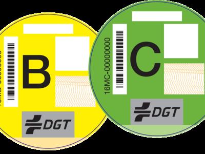 ¿Has mirado el buzón? La DGT culmina el envío masivo de etiquetas medioambientales para el coche