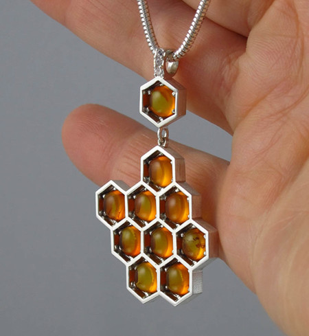 Honeycomb Jewelry Bee Winged Lion 8