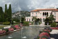 Villa Rothschild, espiando a los millonarios