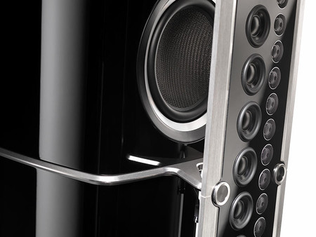 Xrt2 1k Line Array Close Up2 Hi