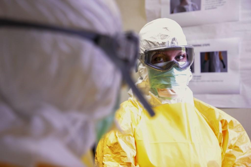 Hospitales privados en México deberán recibir a pacientes de COVID-19 aunque no tengan seguro médico: nueva guía de bioética