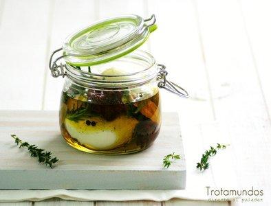 Mozzarella en aceite provenzal