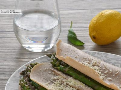 Galettes de trigo sarraceno con espárragos y queso Comté. Receta sin gluten y sin huevo para el #DíadelCelíaco