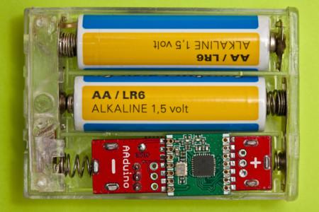 AAduino es una placa Arduino tan pequeña como una pila