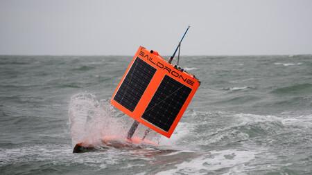 Graban por primera vez dentro de un huracán con un drone marino diseñado para resistir vientos de más de 190 km/h