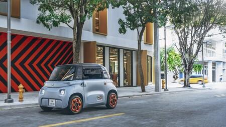 Los nuevos concesionarios: ahora entras a la FNAC y además de un libro y un boli te puedes comprar un coche como el Citroën Ami