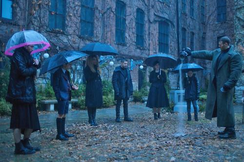 Todos los estrenos de Netflix en febrero 2019: los superhéroes de 'The Umbrella Academy', lo nuevo de Steven Soderbergh y más