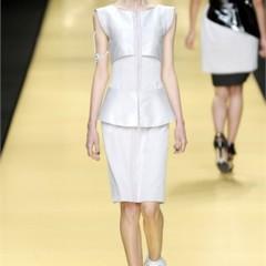 Foto 18 de 32 de la galería karl-lagerfeld-en-la-semana-de-la-moda-de-paris-primavera-verano-2009 en Trendencias