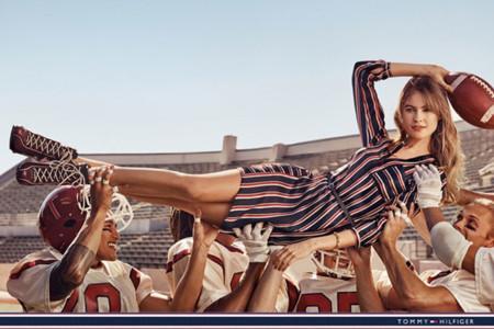 Behati Prinsloo es la musa del equipo de fútbol americano de Tommy Hilfiger