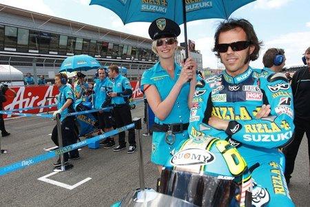 Loris Capirossi en la parrilla de Silverstone 2010