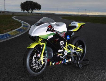 E-Moto, una moto eléctrica española en el E-Power