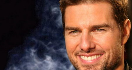 Sam Raimi podría dirigir a Tom Cruise