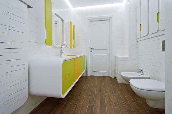 Limpiar Baño Amarillo:Blanco, amarillo y verde, una combinación atrevida para un baño que