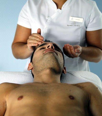 Celuloterapia para hombres, el tratamiento facial anti-edad del Balneario de Mondariz, Pontevedra