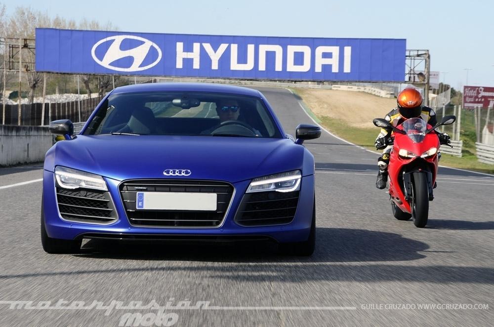 Foto de Ducati 899 Panigale Vs Audi R8 V10 Plus (14/24)