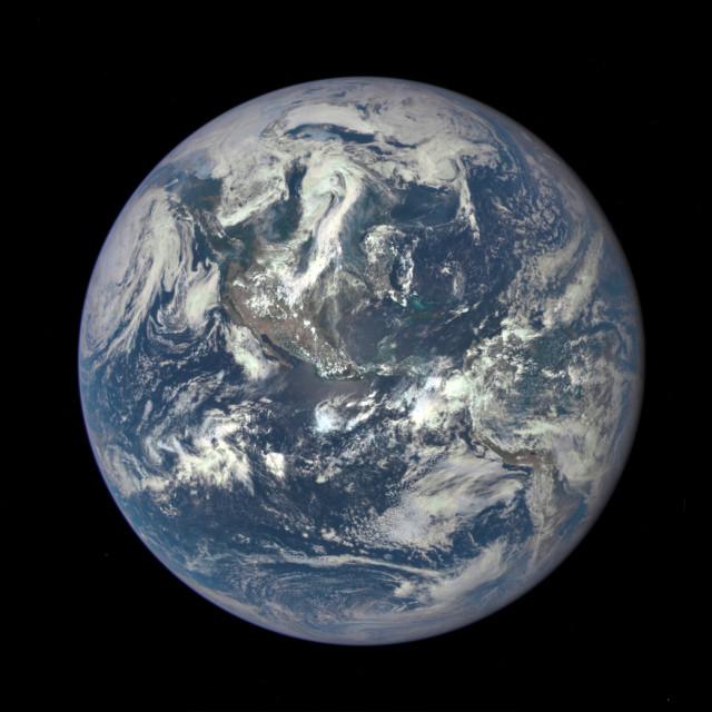 Esta foto completa de la Tierra es la primera que toma la NASA en más de 40 años