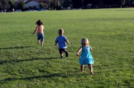 Los niños necesitan siete minutos de ejercicio intenso al día