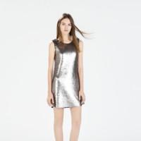 Vestido metalizado