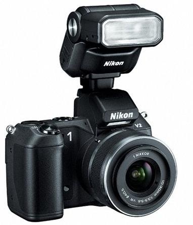 Nikon 1 V2 con flash
