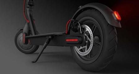 Precio mínimo histórico en Amazon: patinete eléctrico Moma Bikes E500 por 299 euros