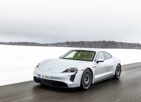 Porsche Taycan 2021 1600 3d