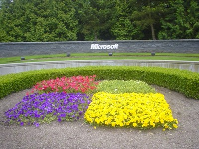 La Unión Europea impone una nueva multa a Microsoft de 561 millones de euros