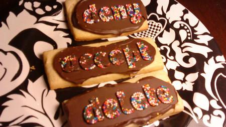 La AEPD ha  sancionado a dos nuevas empresas por instalar cookies y aclara como informar