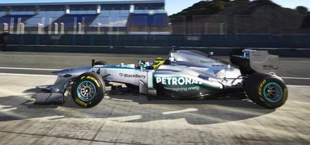 """Mercedes AMG """"presenta"""" el nuevo W04 poco a poco"""