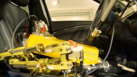 Fordetcdrivingrobot 1