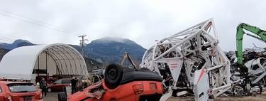 Pesa 4.000 kg, mide 4 metros y destroza coches: de este modo es Prosthesis, el exoesqueleto de 4 patas mas abultado del mundo