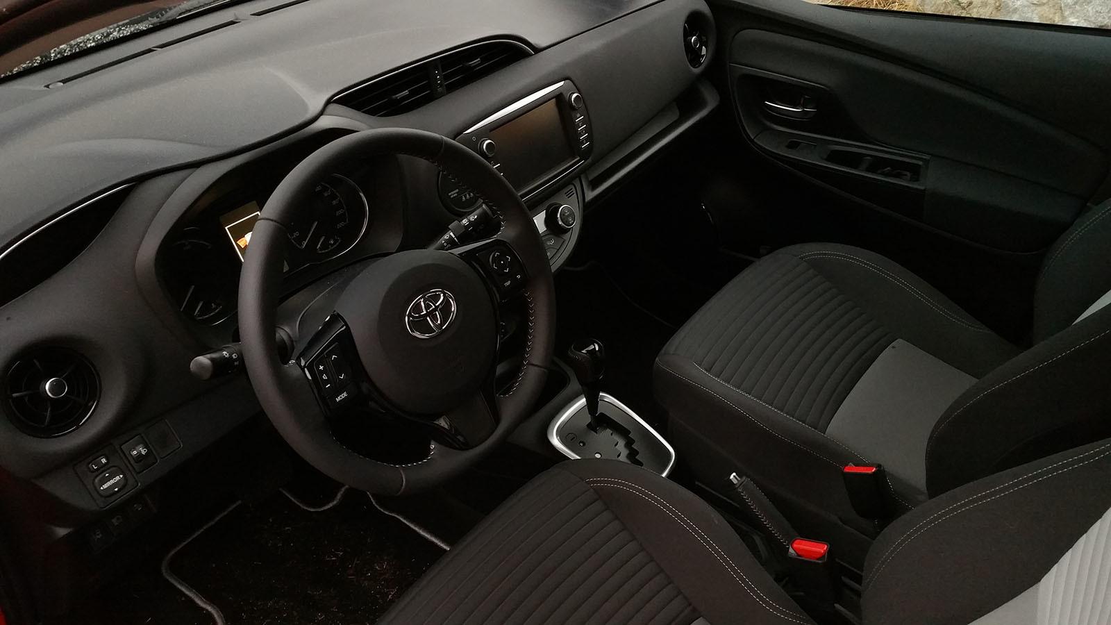 Foto de Pasamos unos días con el Toyota Yaris hybrid-Interiores (4/26)