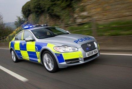 Ahora sí, los Jaguar XF se visten de policía
