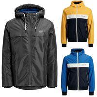 Super Weekend en eBay: chaqueta cortavientos Jack & Jones M10 en varios colores por 24,99 euros y envío gratis