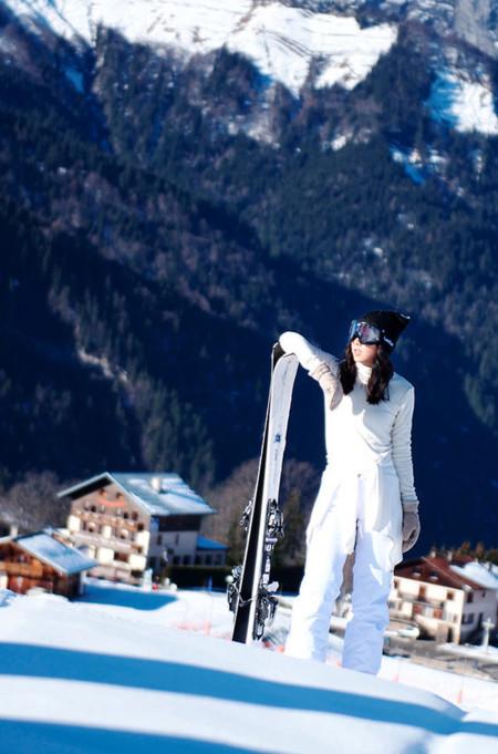 ¡Llegó la nieve! Y con ella la calle se viste de blanco gracias al mejor street style
