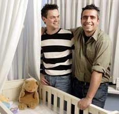 Adopciones de parejas homosexuales en Catalunya, larga espera