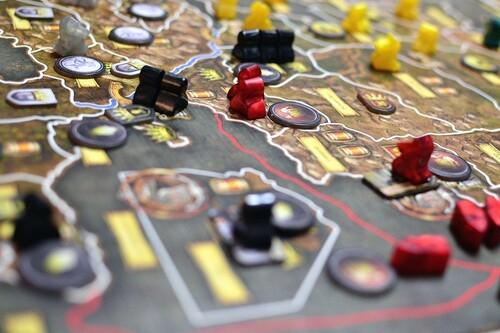 19 juegos de mesa recomendados por los editores de Xataka que puedes comprar el fin de semana del Black Friday